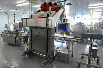 The Tri-Mach Group and Abbey Packaging played a large role in providing equipment for Conestoga College's fresh produce processing and packaging line with the installation of a Multivac T300 tray-sealer and the Multipond LW1201-B combination weigher at the pilot plant.