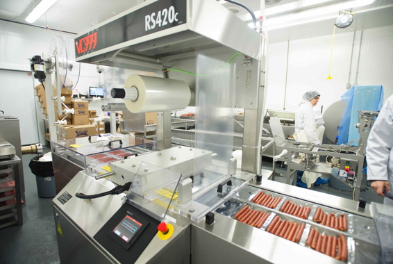 Manufactured by VC999, the RS420c thermoform machine combines a small footprint with high packaging throughput for the pepperoni sticks produced at Schinkel's Legacy.