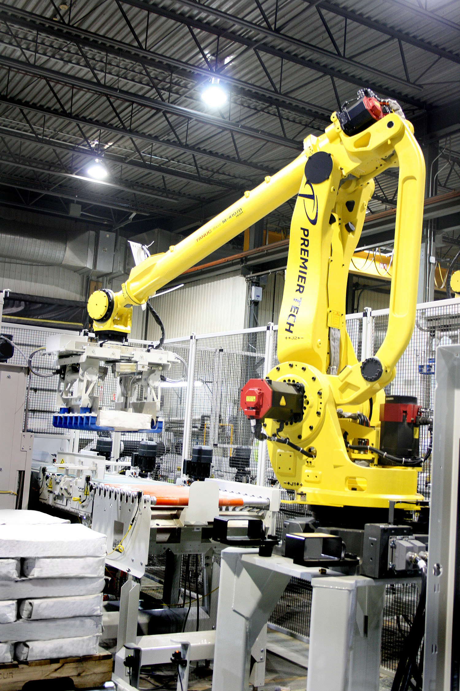 New Robotic Palletizing Cell From Premier Tech Chronos