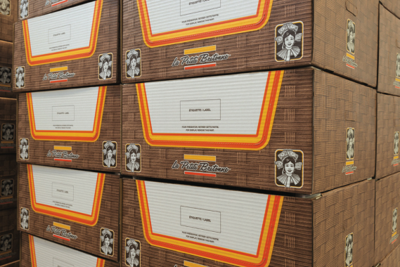 Mitchel-Lincoln provides La Petite Bretonne with corrugated cartons to pack and ship products to customers.