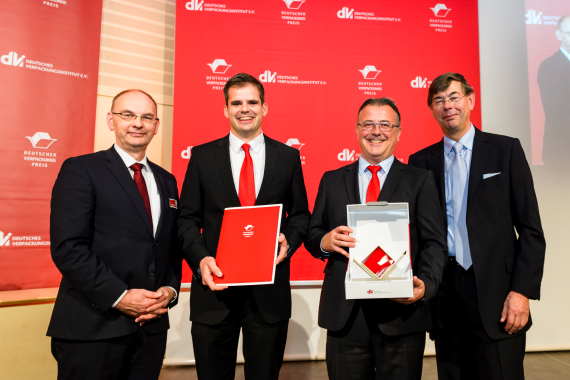 Bosch Packaging Systems AG product manager Daniel Bossel and mechanical development engineer Christian Reichardt accept German Packaging Award.