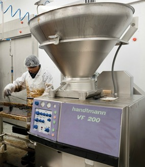 The Edelweiss facility employs a Handtmann VF 200 vacuum filler for the filling, portioning and linking many types and recipes of sausages.