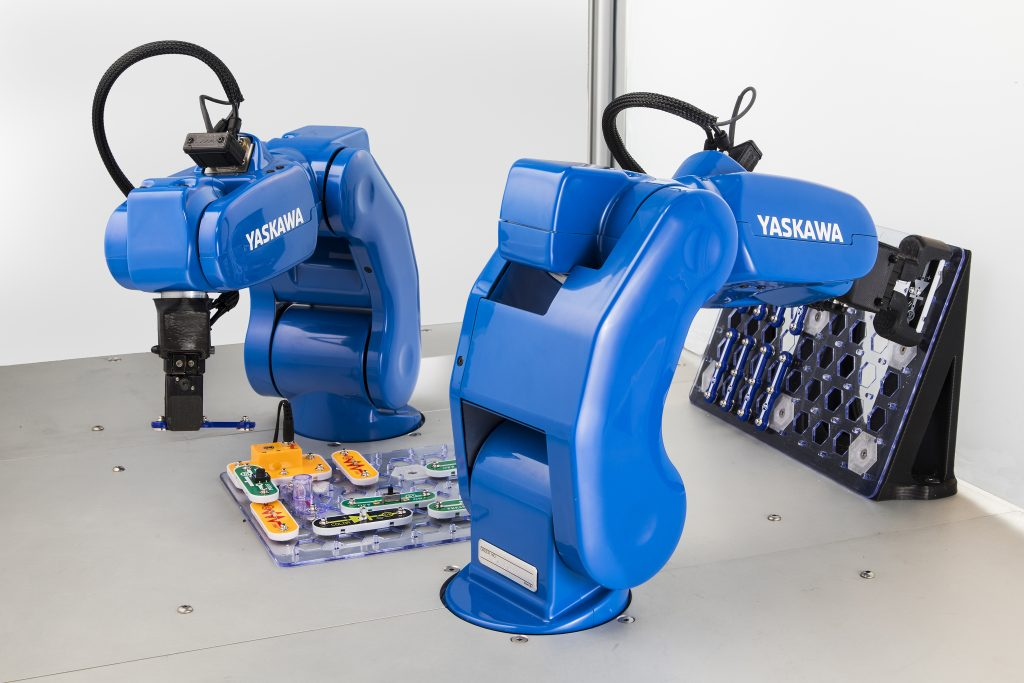 Yaskawa Motoman Introduces Motomini The Smallest And